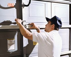 Garage Door Solution Service Darien, IL 630-454-7301